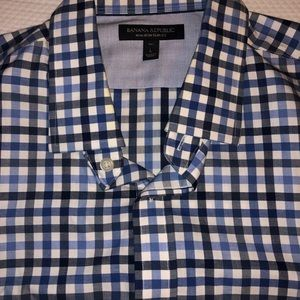 New Size large Banana Republic button up shirt.